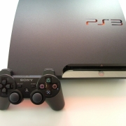 PS3 SLIM 120 GB Seri 20xxx VERSION CFW + 1 stik + full game