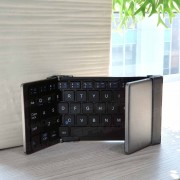 Universal Portable Mini Wireless Foldable Bluetooth Keyboard HB066