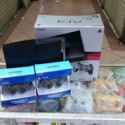 Ps3 slim 320gb+2stik