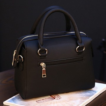 New Fabulous Metal Alloy Ladies Fashion Handbag